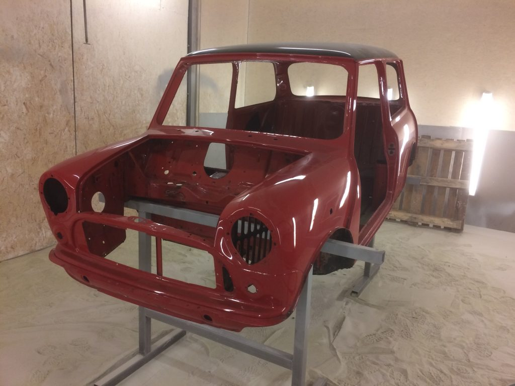 BMC Mini - how to remove paint from a classic Mini